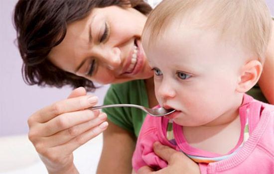Triệu chứng trẻ bị rối loạn tiêu hóa và những điều mẹ cần biết