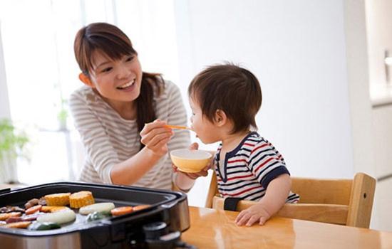 Vì sao đã bổ sung Canxi và Vitamin D3 cho trẻ sơ sinh mà vẫn còi cọc?