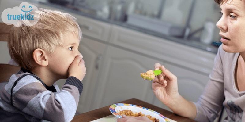 Trẻ lười ăn: Mẹ có biết nguyên nhân do đâu?